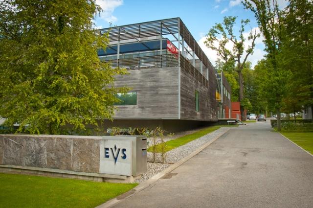 Le siège social d'EVS à Liège en Belgique entouré par la forêt. (c) DR