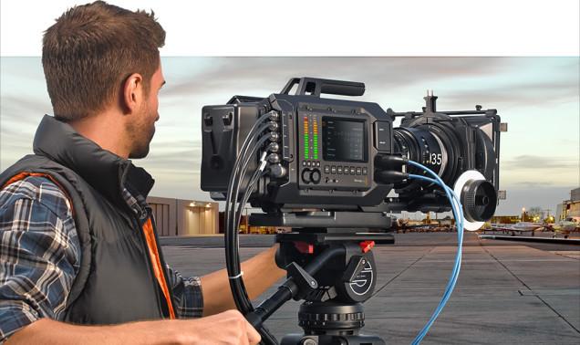 blackmagic-ursa-camera-4k-capteur-interchangeable-1