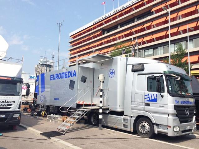 Le nouveau car HF d'Euromedia gère jusqu'à 12 caméras.