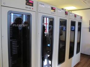 Les robots flexicart pour la numérisation de masse des cassettes.